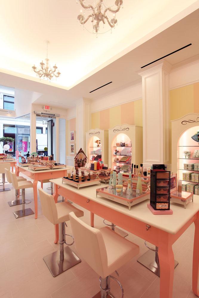 benefit-cosmetics-main-room-4_1000px