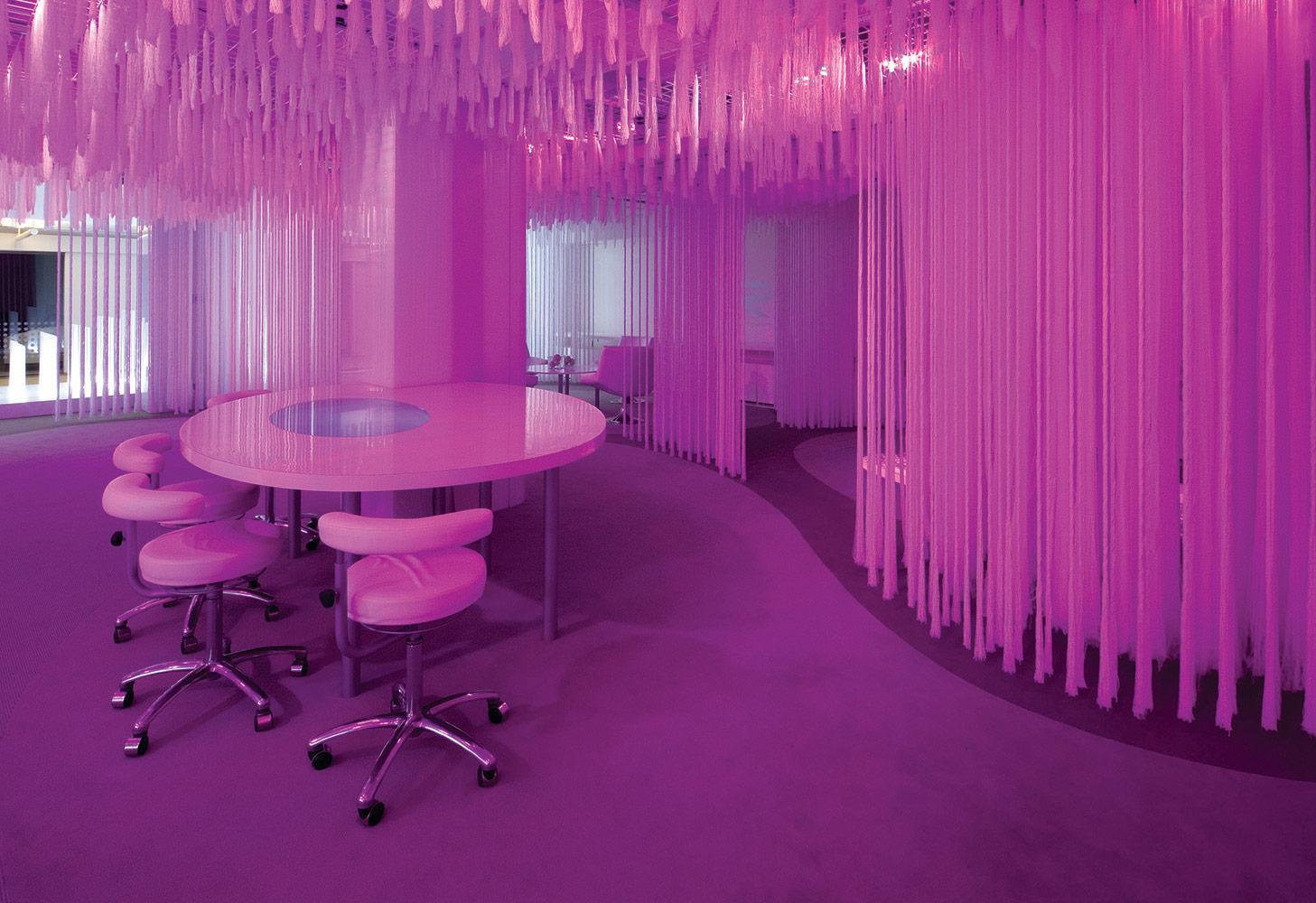 neo-con-antron-showroom-1_1000px
