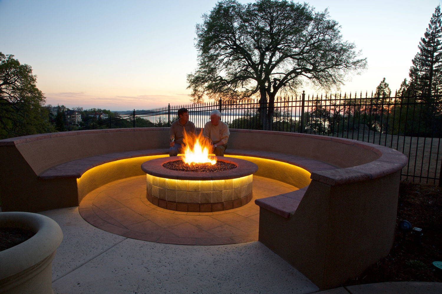 Patio & Firepit Lighting